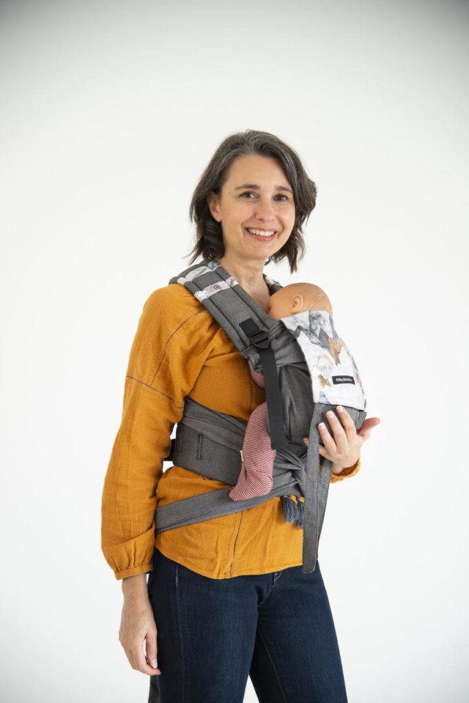 Un porte-bébé ultra ajustable, utilisable dès la naissance et jusqu'à 15 kg.